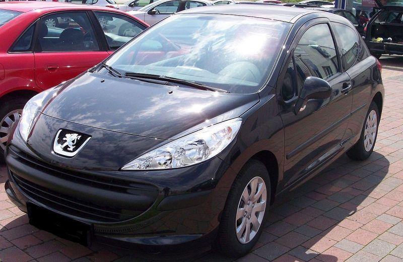 Peugeot 207 1.4 БЕНЗИН